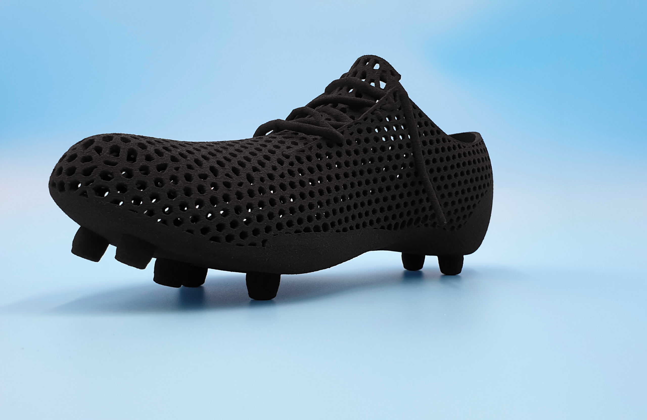 Flexible Shoe made with TPU Shore Hardness A 60 using Selective Lasersintering, SLS